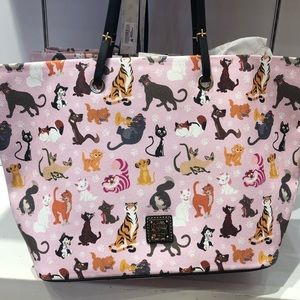 DISNEY Cats Dooney And Bourke Large pink Tote